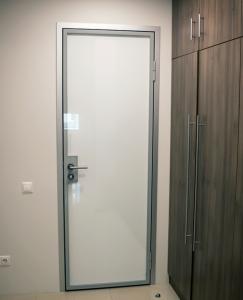 двери для фитнес-центра 1